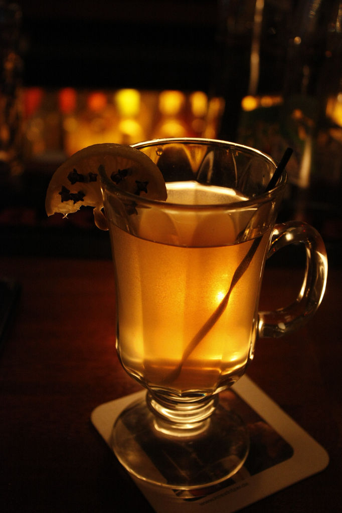 how to make a hot toddy with rum