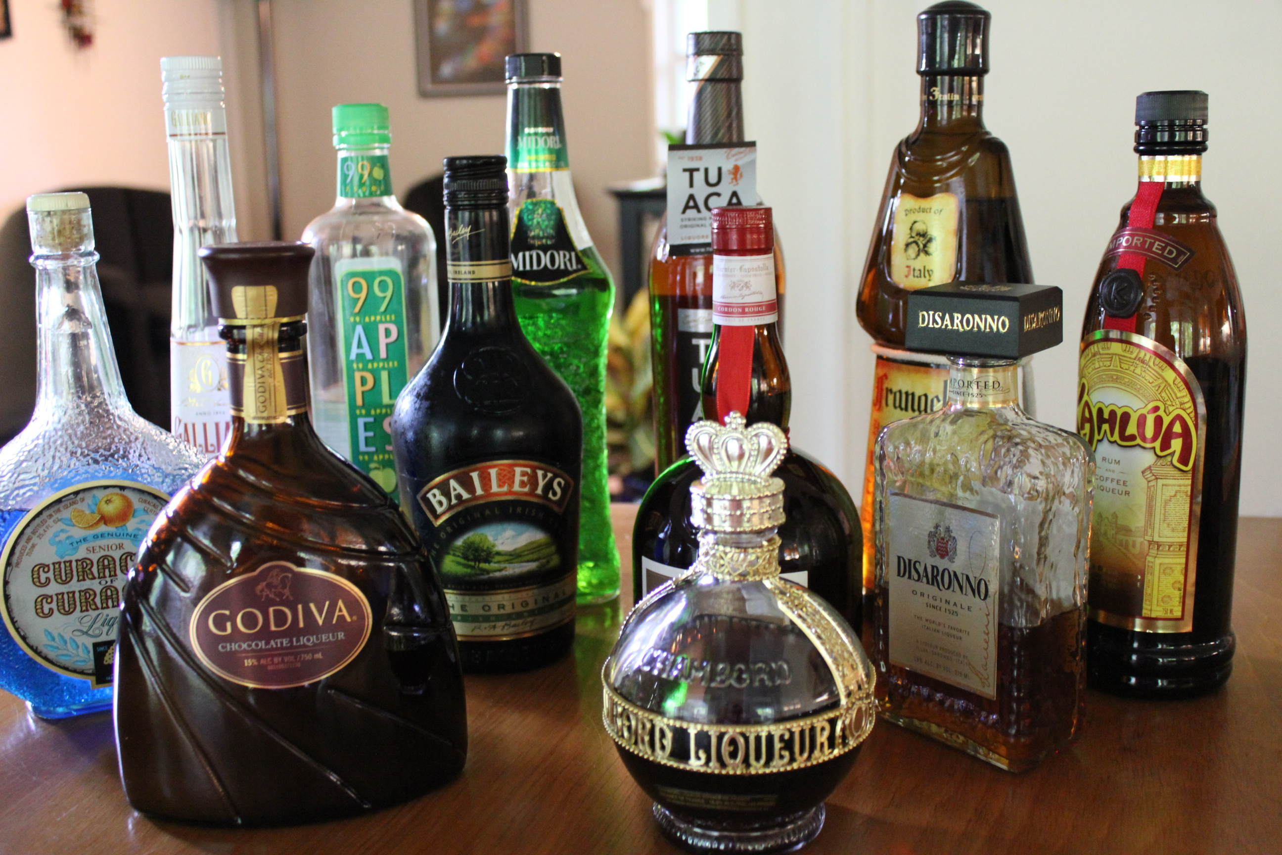 liqueur spotlight getting to know your liqueurs cordials. Black Bedroom Furniture Sets. Home Design Ideas